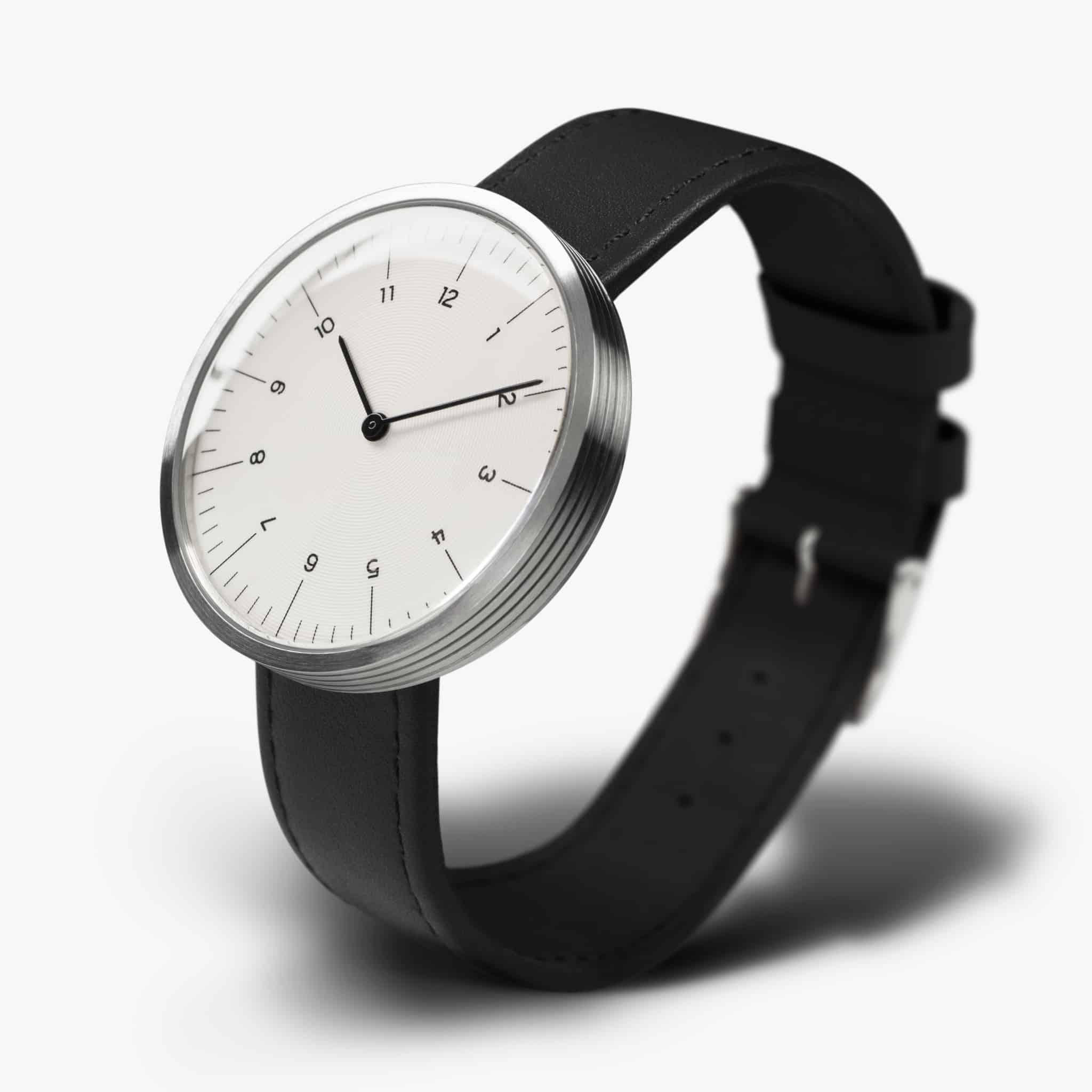 MMT-watch-C13-black-pers