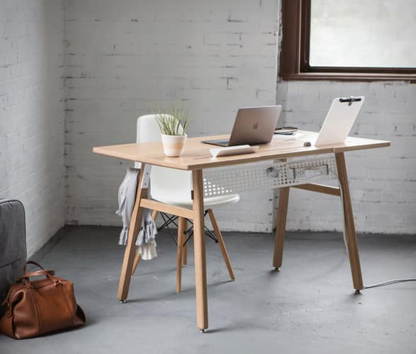 artifox-desk-02-12